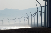 """Calviño points to renewables as a medium-term solution to obtain the """"cleanest and cheapest possible energy"""""""